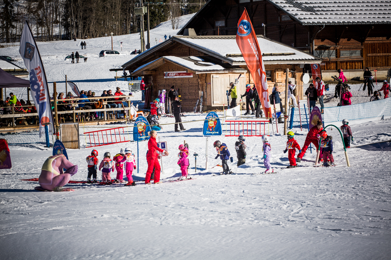 Ski lessons - Office de Tourisme de Praz-sur-Arly 51c2de819
